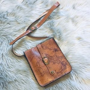 Patricia Nash crossbody 😍